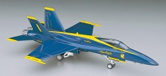 HASEGAWA H00440 1:72 САМОЛЕТ BLUE ANGELS F/A-18A HORNET D10